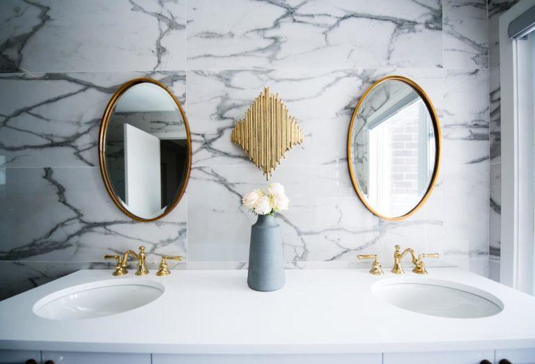 Jak urządzić wygodnie i gustownie naszą łazienkę?